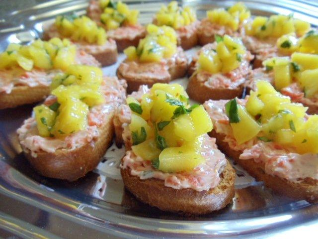 Tropical Smoked Salmon Crostini 1